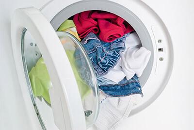 Comment bien remplir le lave-linge?