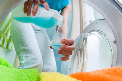 A quoi servent les agents de blanchiment dans les lessives universelles?